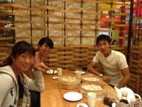 昨晩の夕食 宮崎優実選手、竹内研人選手と